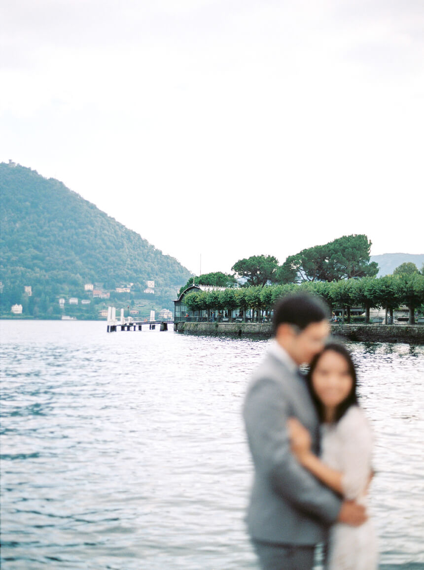 engagement-photographer-in-como-lake