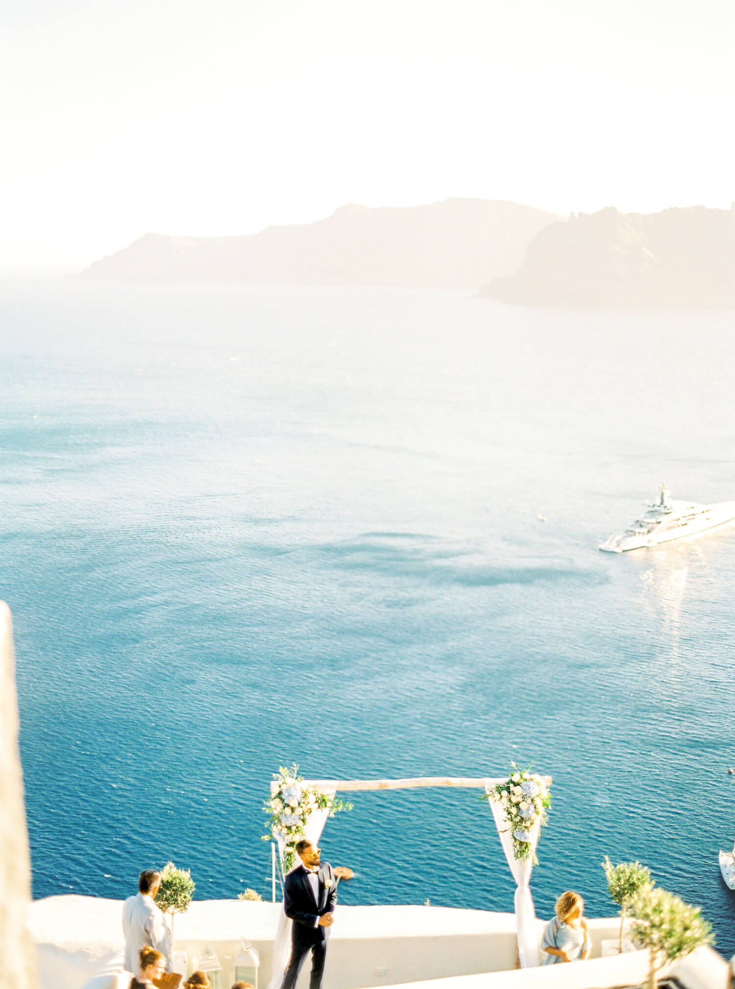 Santorini destination wedding photographer